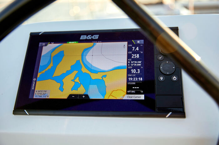 B&G Navigation Package
