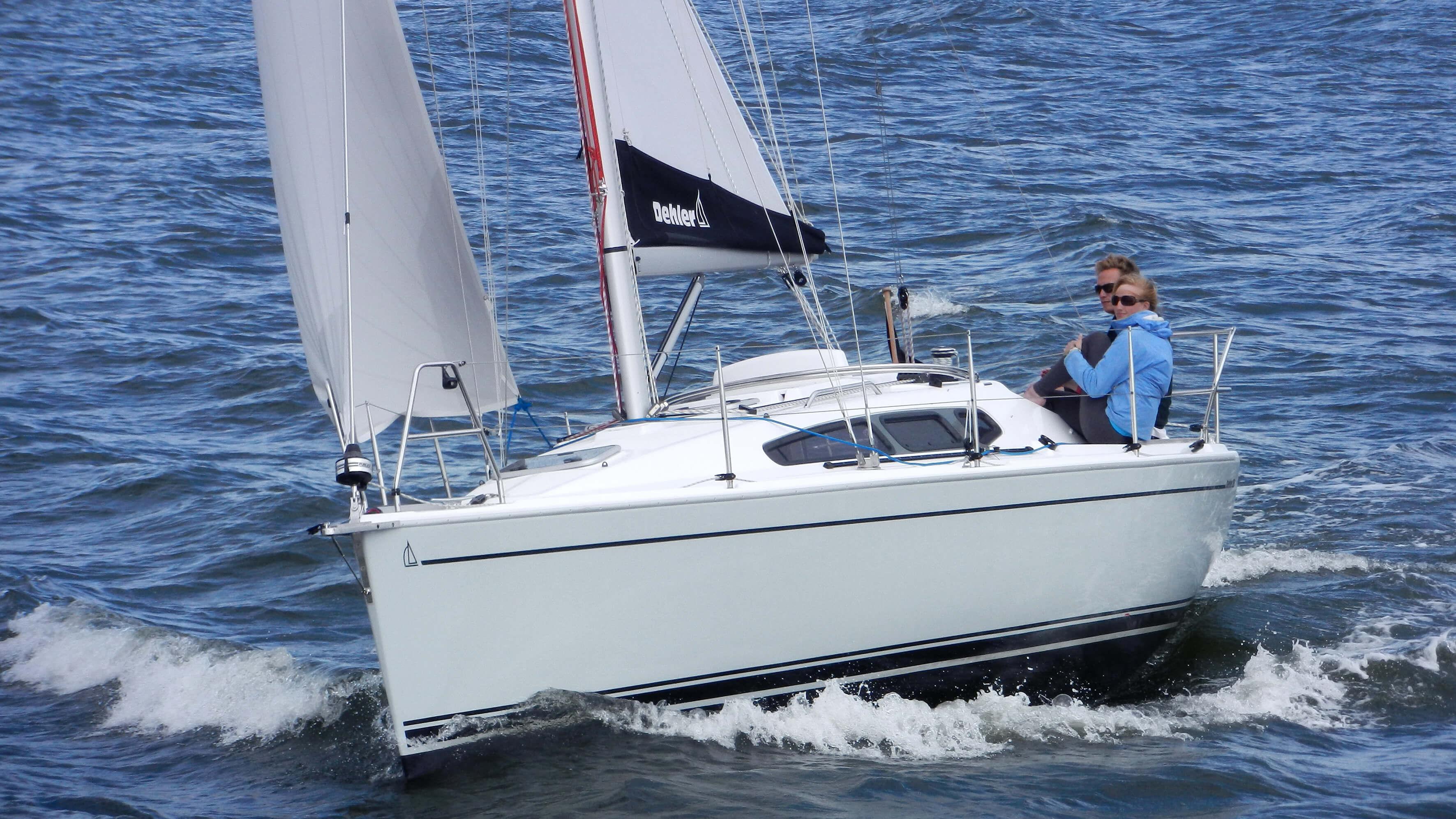 Exterior Sailing | mainsail, foresail | Dehler