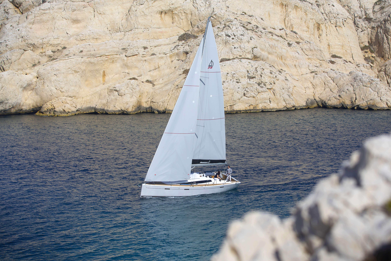 Dehler 38 Exterior Sailing | mainsail, foresail | Dehler