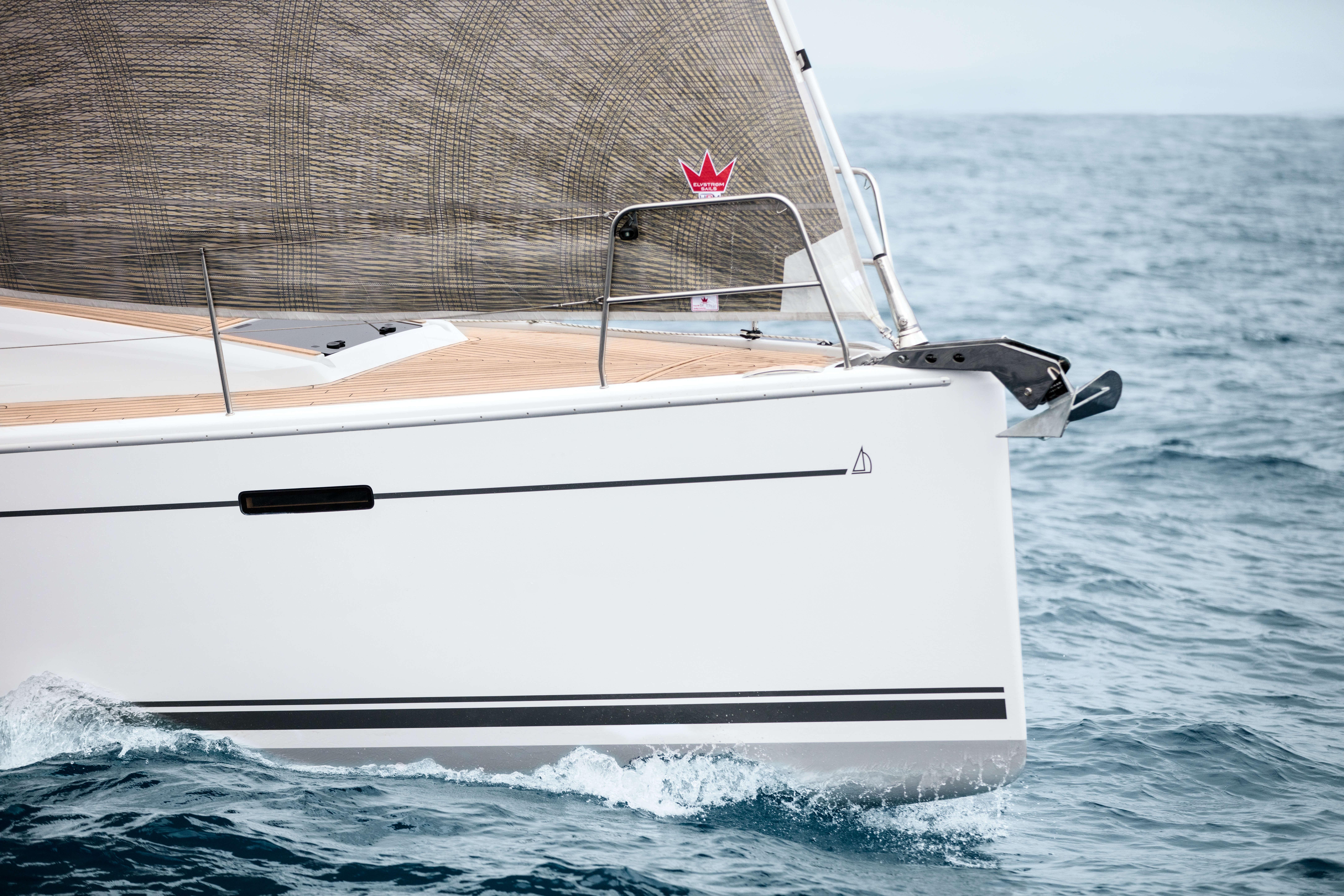 Dehler 42 Exterior Sailing | Dehler 42_Segeln_04_0516_889.jpg | Dehler