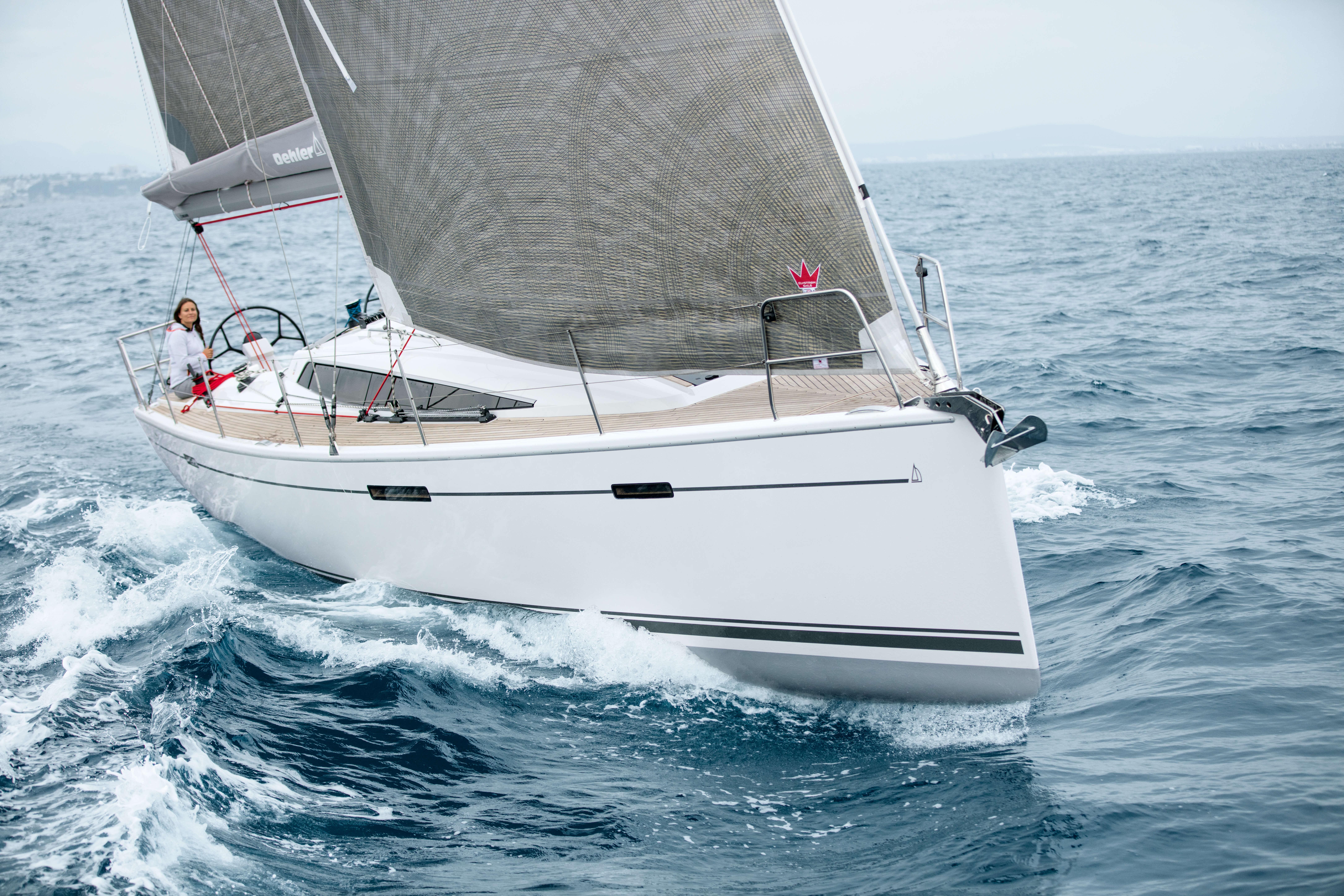 Dehler 42 Exterior Sailing | Dehler 42_Segeln_13_0516_058.jpg | Dehler