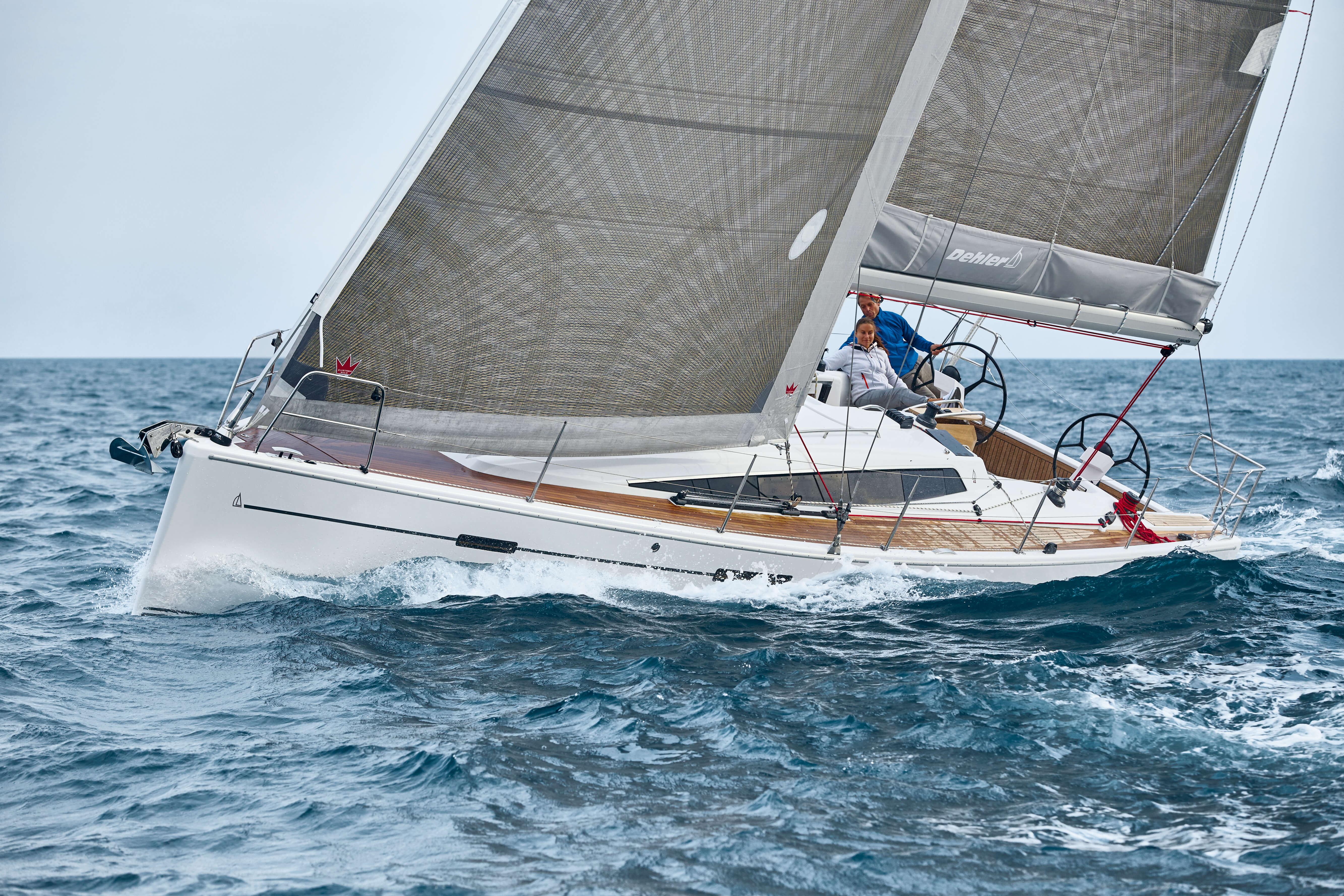 Dehler 42 Exterior Sailing | Dehler 42_Segeln_14_0516_086.jpg | Dehler