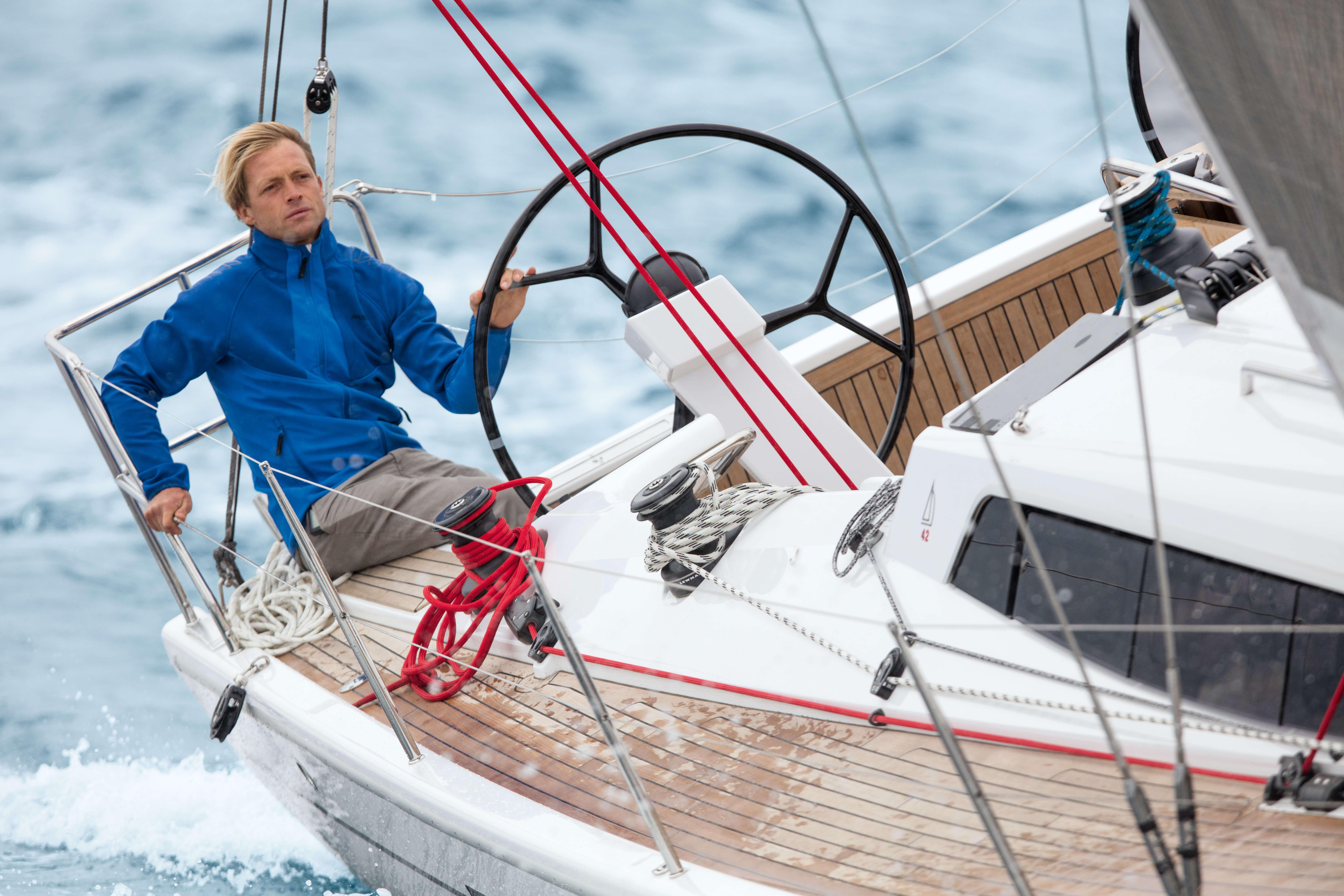 Dehler 42 Exterior Sailing | Dehler 42_Segeln_17_0516018.jpg | Dehler