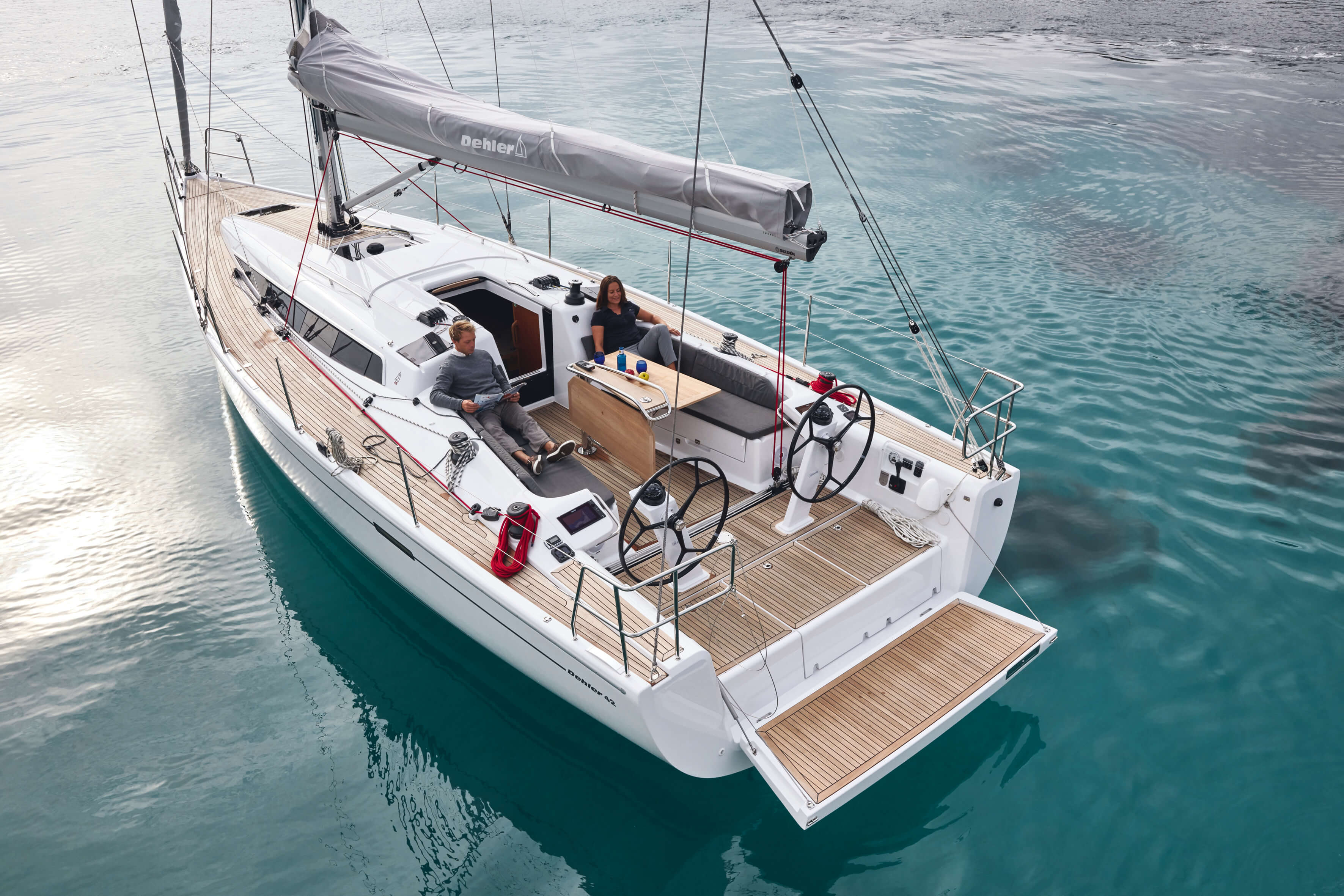 Dehler 42 Exterior Sailing | Dehler 42_Segeln_23_0516_028.jpg | Dehler