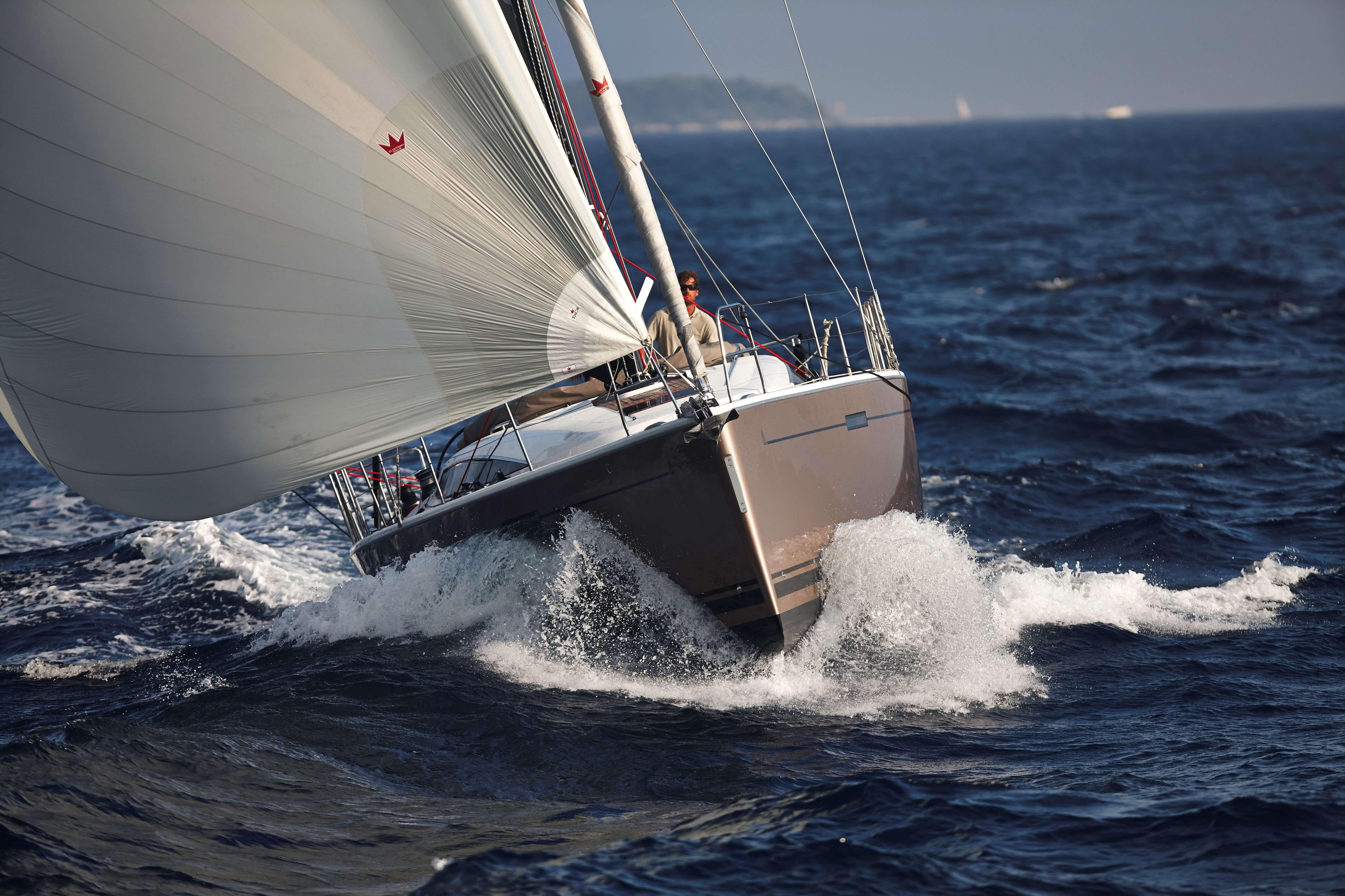Dehler 46 Exterior Sailing | Gennaker, bow | Dehler