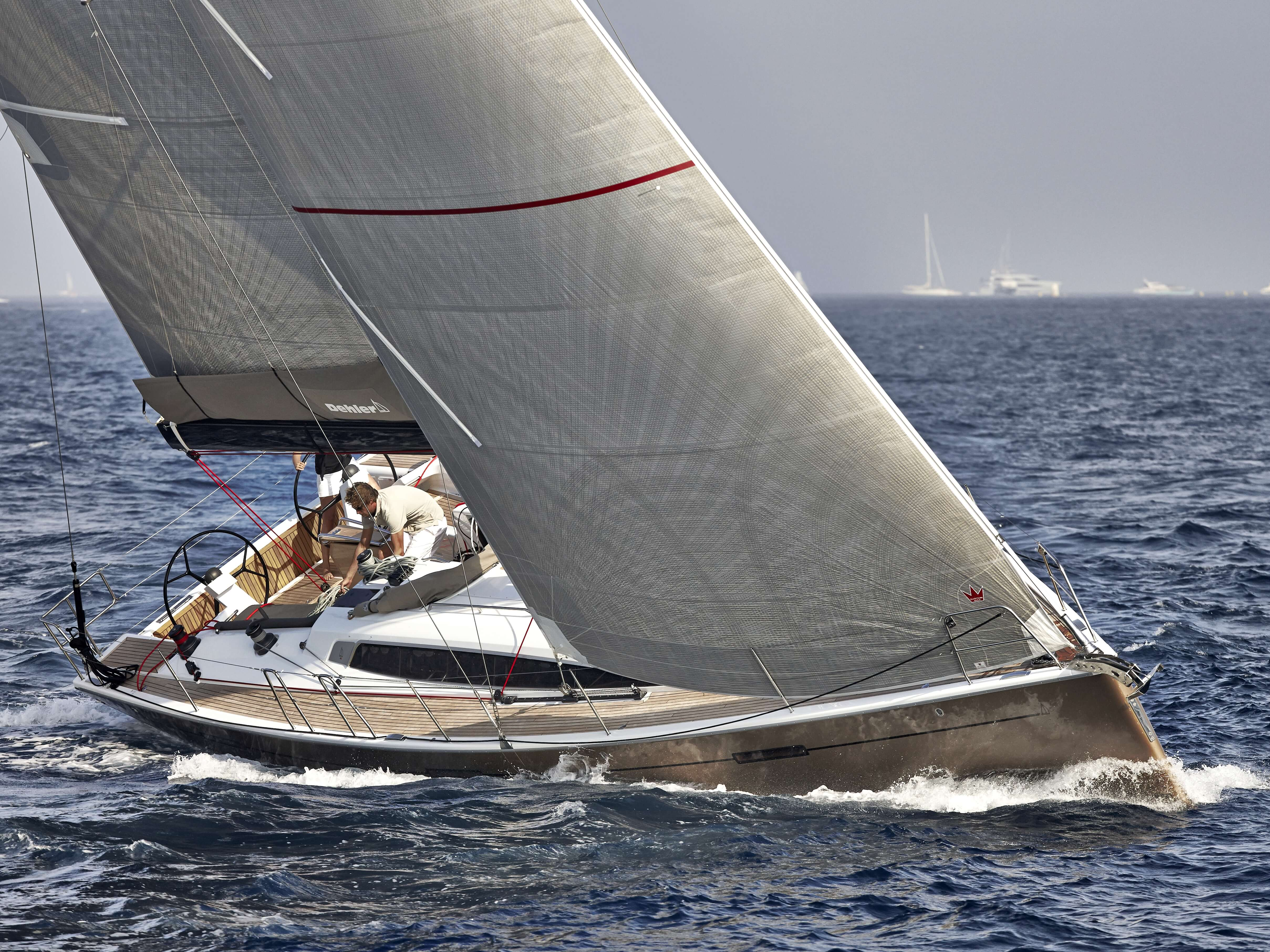 Dehler 46 Exterior Sailing | forsesail, mainsail, bow | Dehler