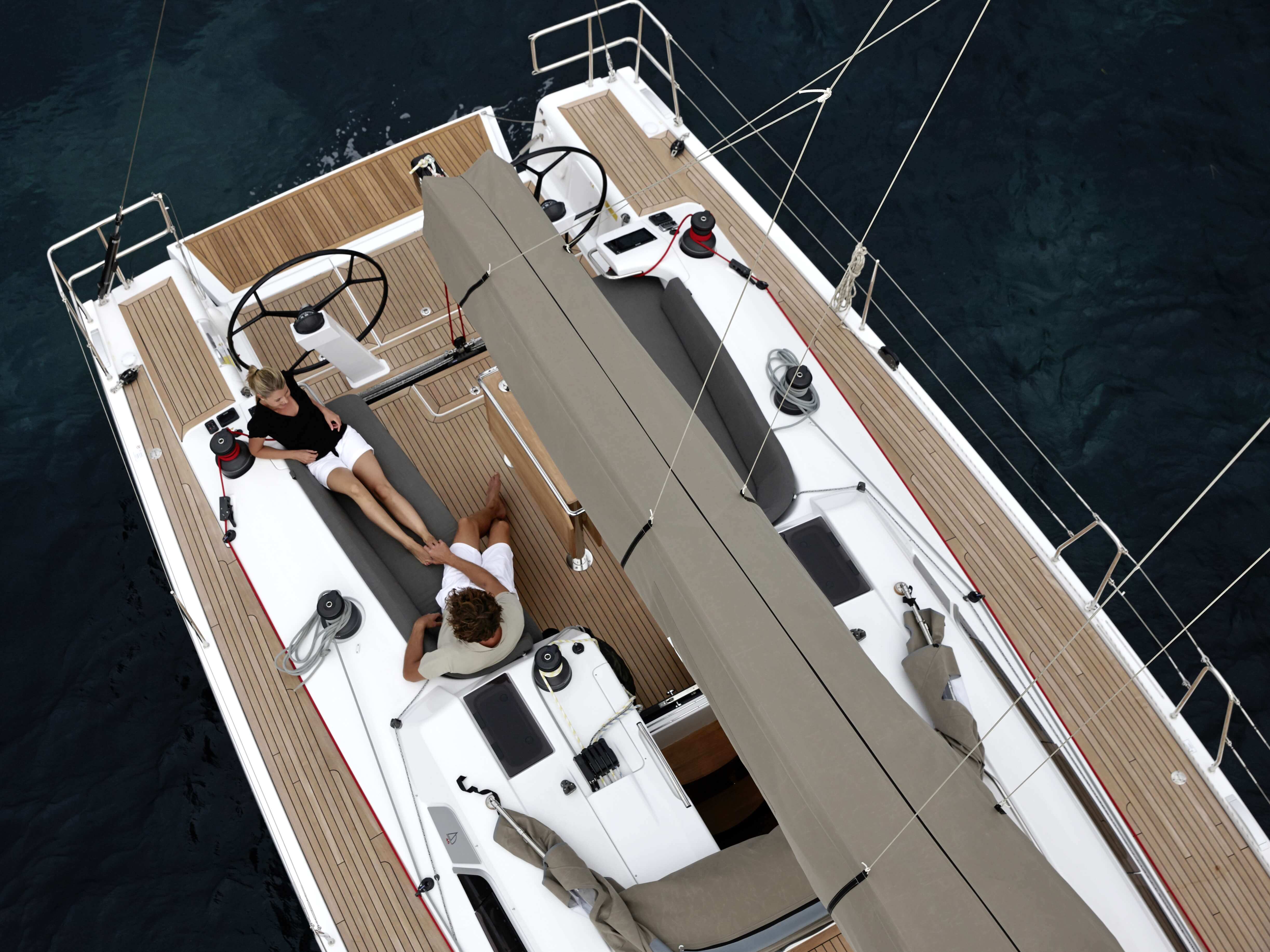 Dehler 46 Exterior at anchor | deck, mainsail, cockpit | Dehler