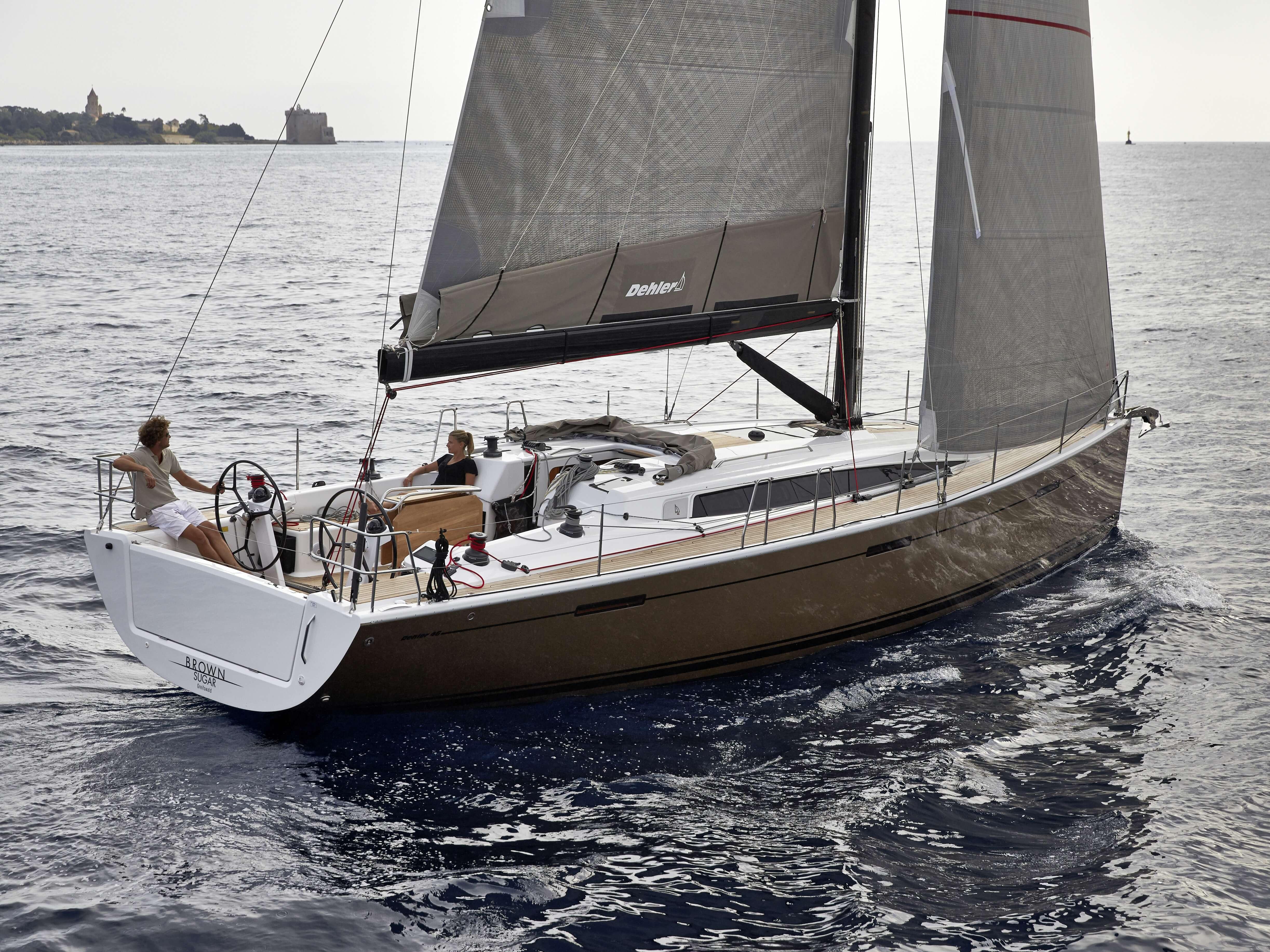 Dehler 46 Exterior Sailing | foresail, mainsail, rear | Dehler