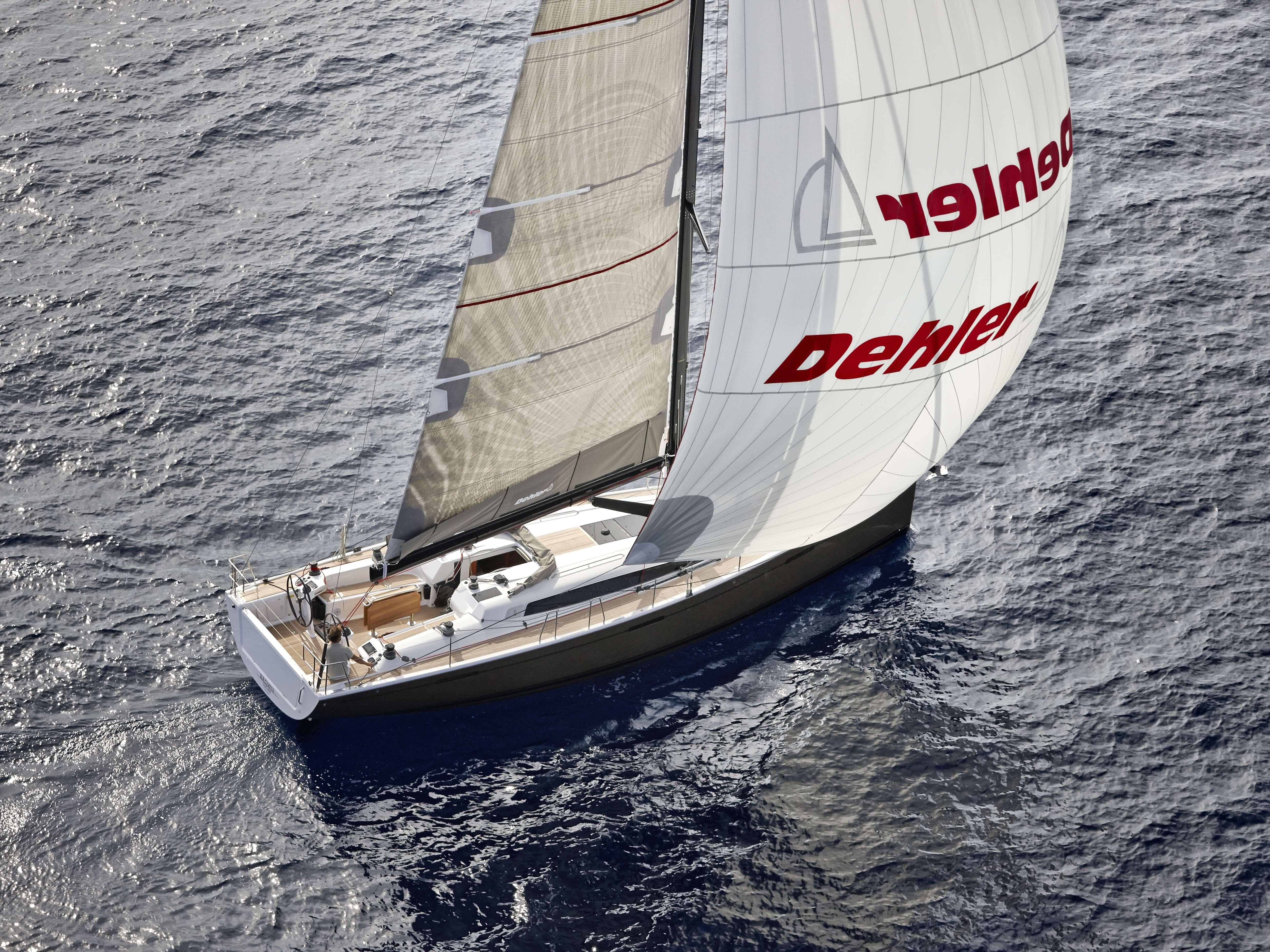 Dehler 46 Exterior Sailing | Gennaker, deck, rear | Dehler