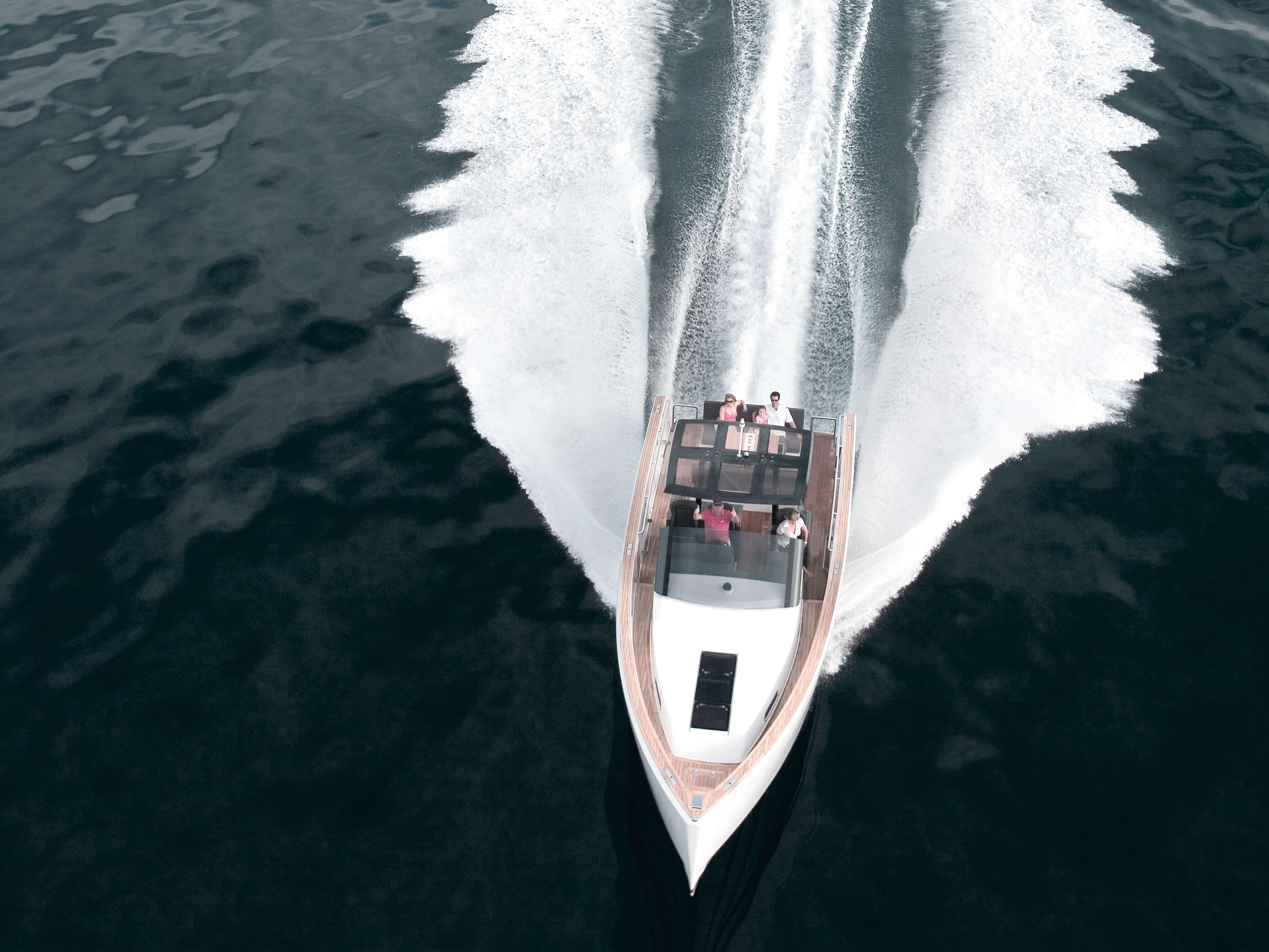 Fjord 40 open Außenansicht Fahrt | Cockpit, Teakdeck | Fjord