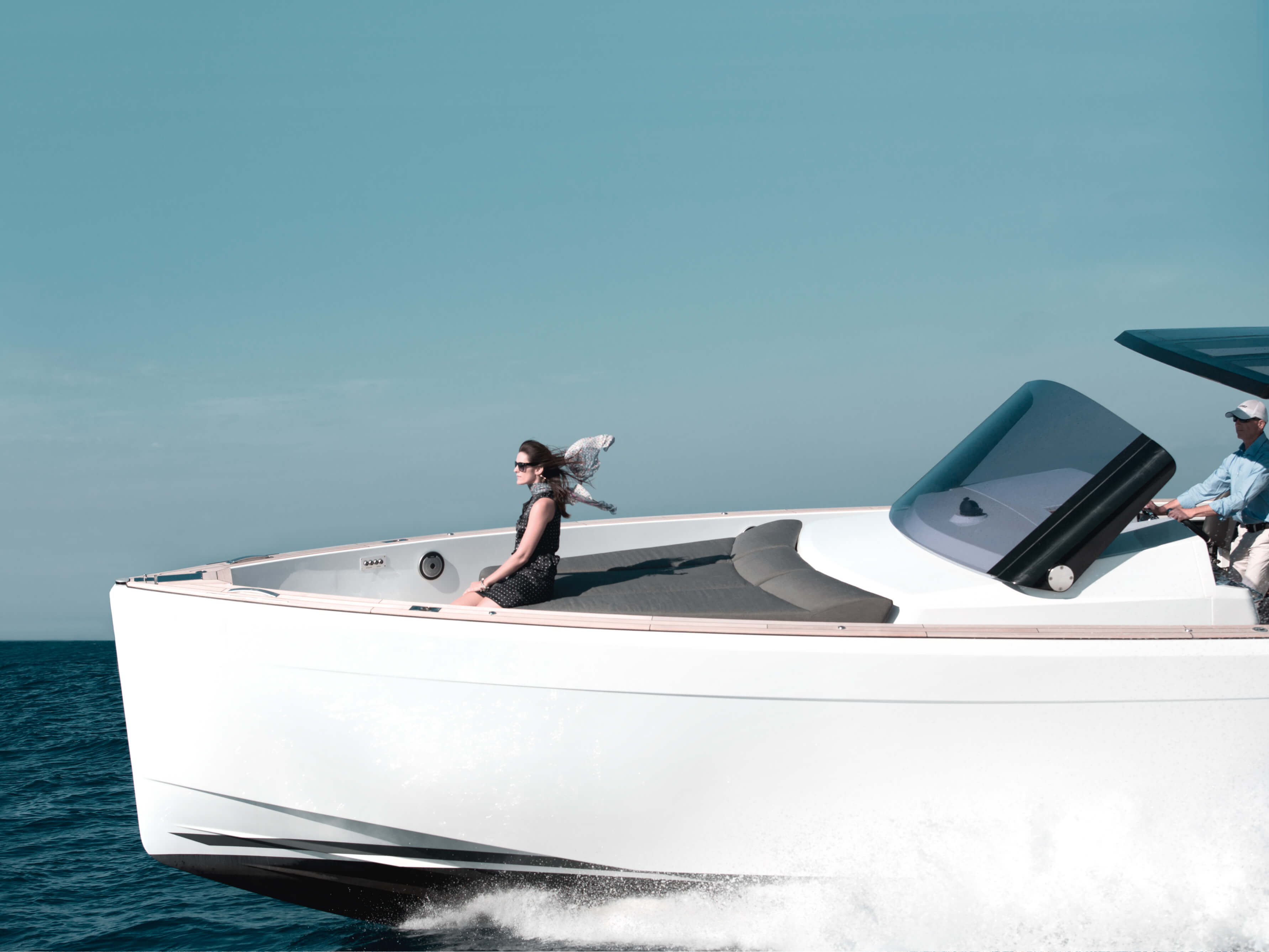 Fjord 40 open Exterior ride | bow | Fjord