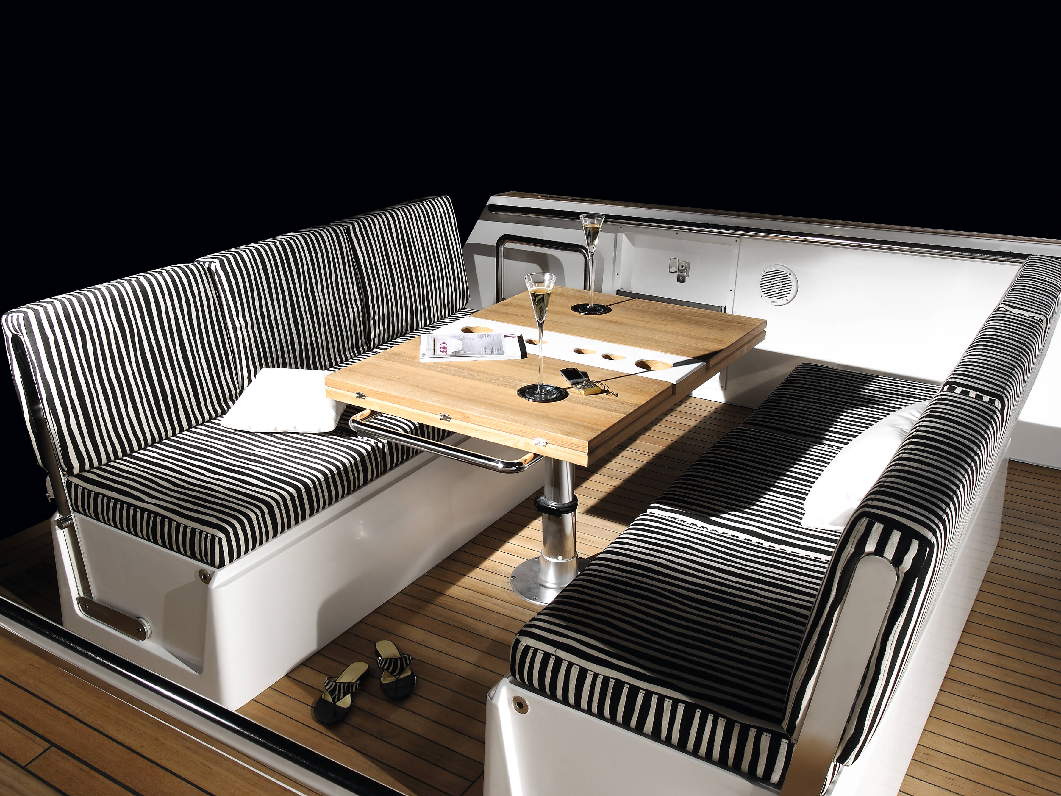 Fjord 40 open Exterior ride | lounge-area, table | Fjord
