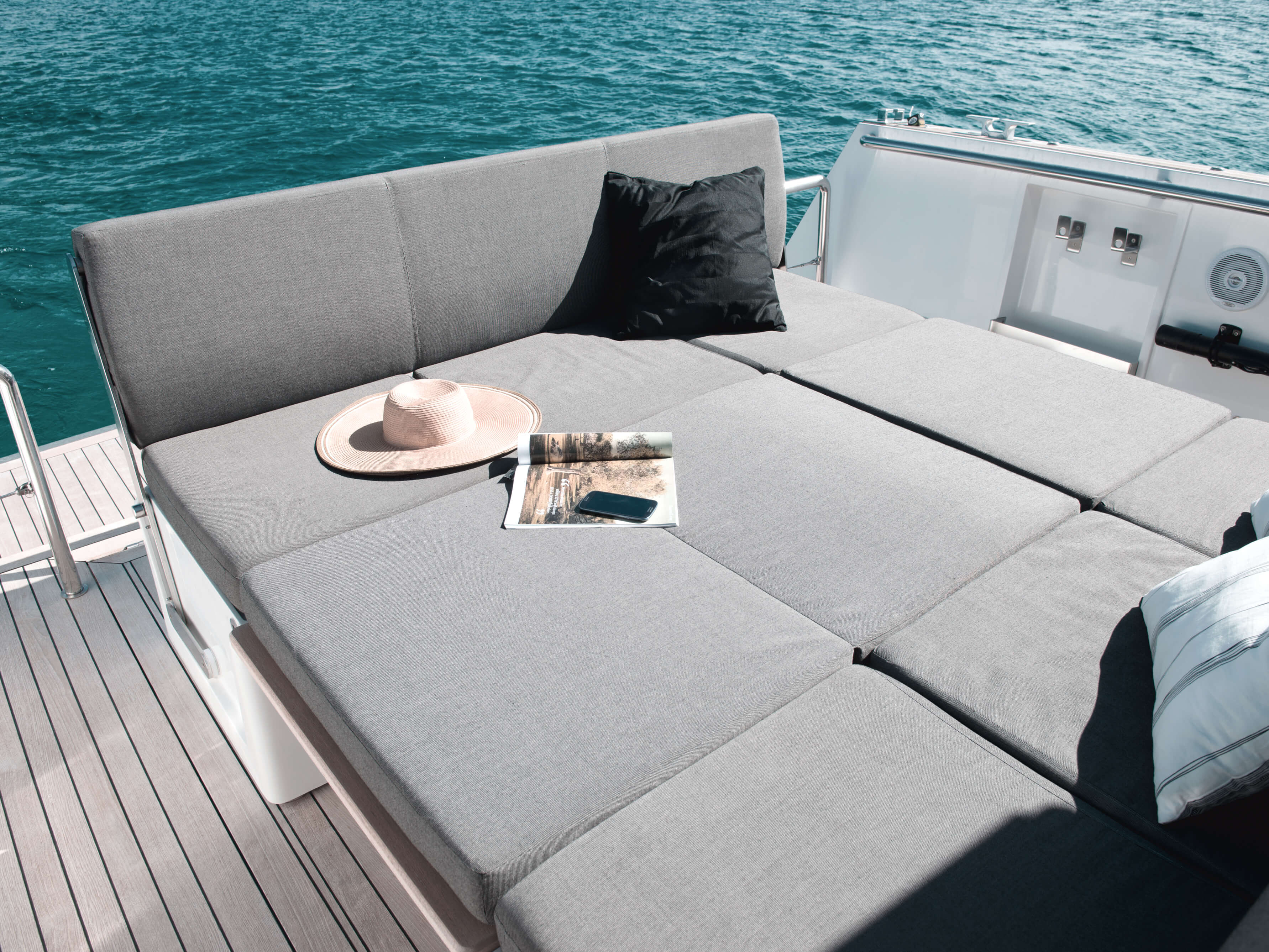Fjord 40 open Exterior at anchor | lounge-area | Fjord