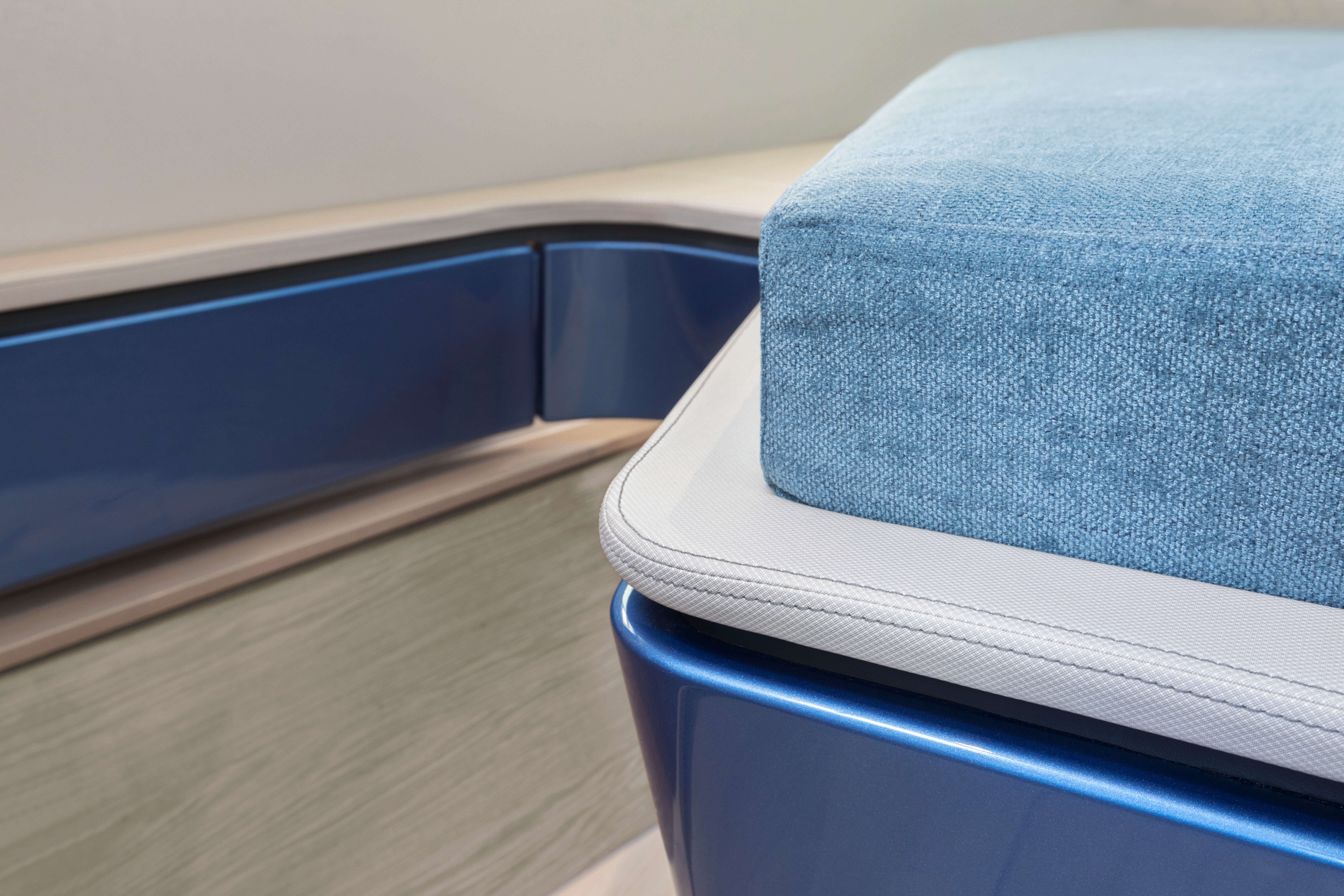 FJORD 41 XL cabina armatore | I vari stili di interior design hanno ciascuno il proprio mix di colori e materiali coordinati. | Fjord