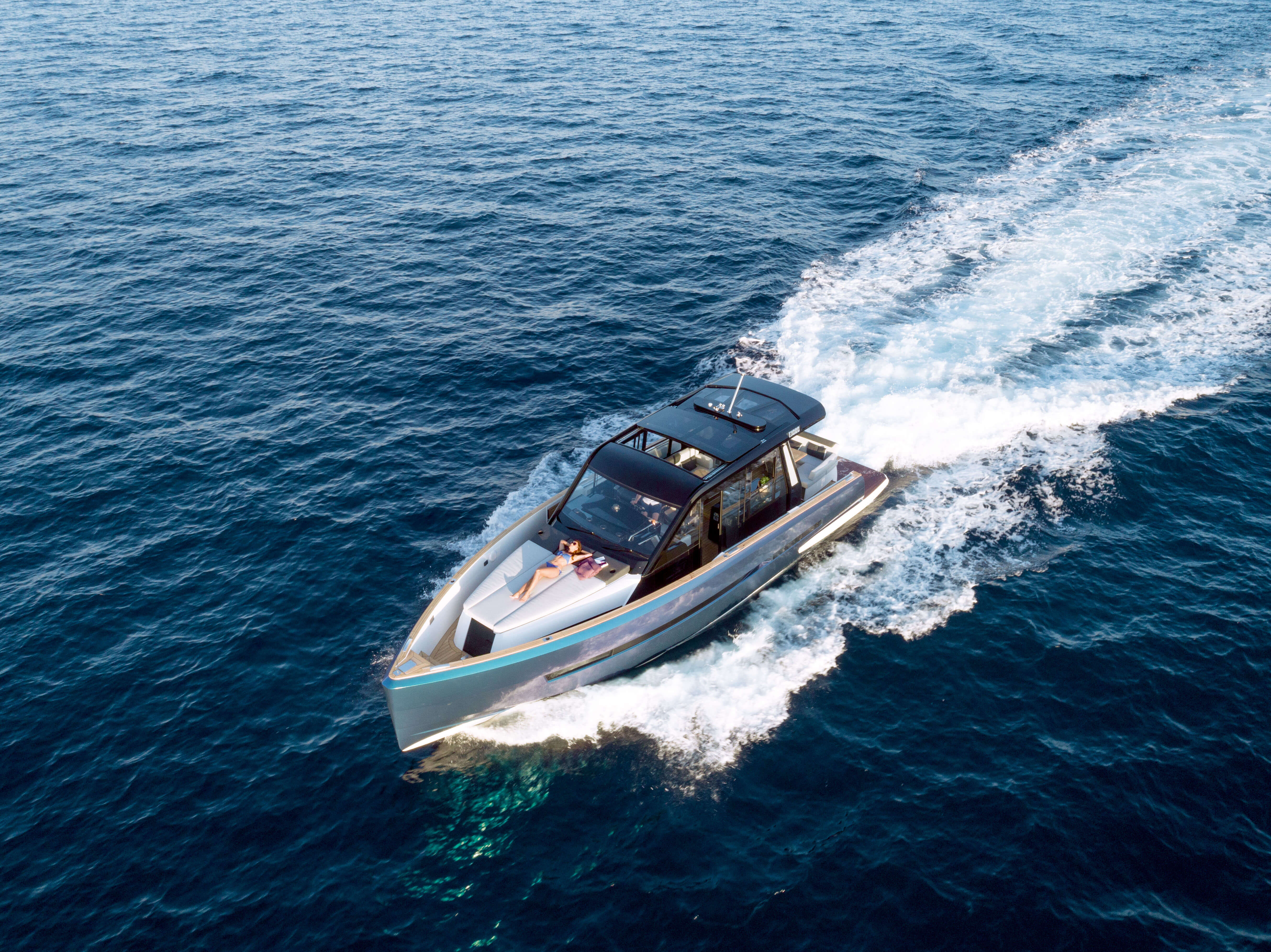 FJORD 44 coupé exterior | Bird's eye view | Fjord