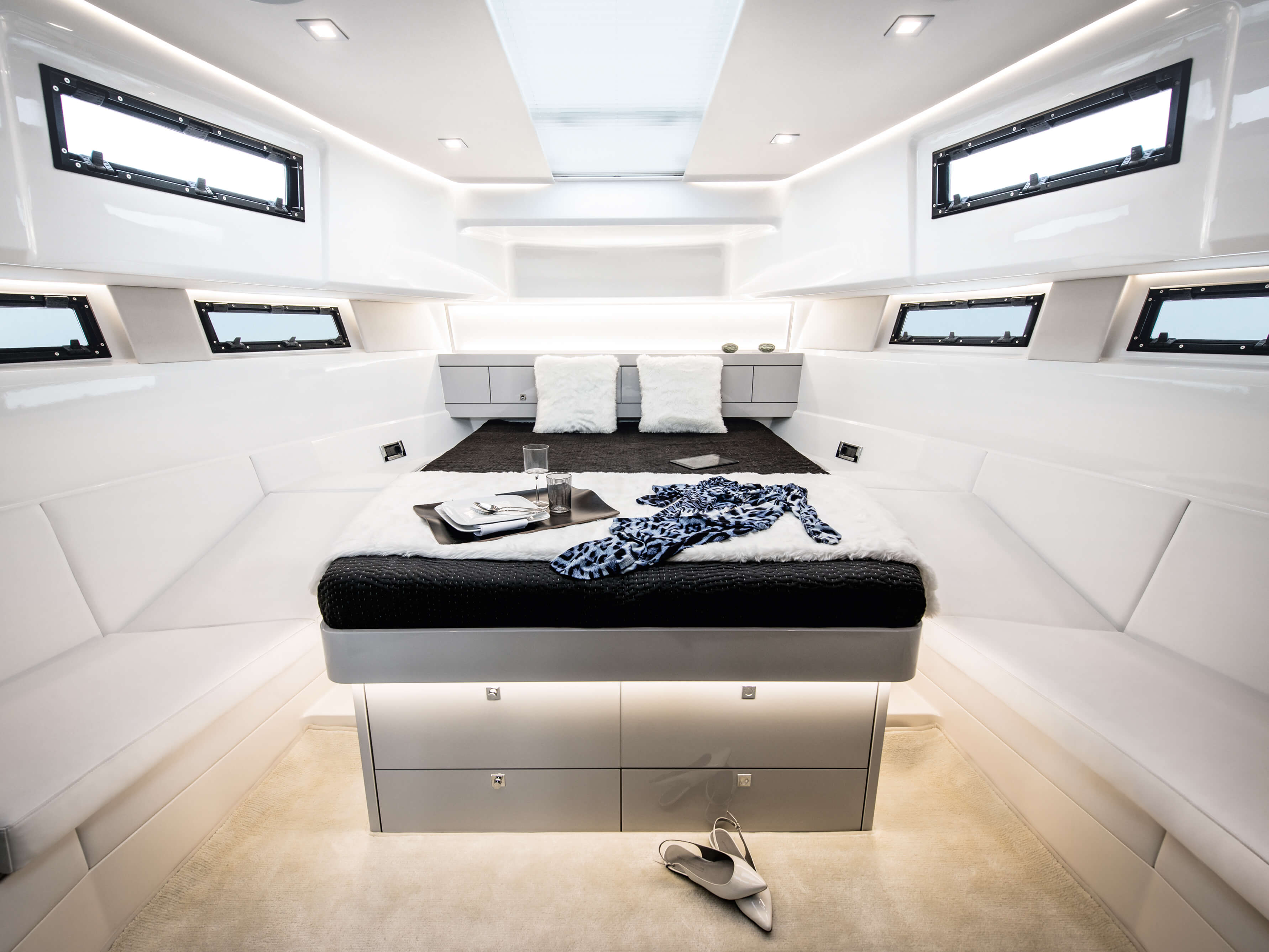 Fjord 48 open Interior view owner´s cabin | Fjord