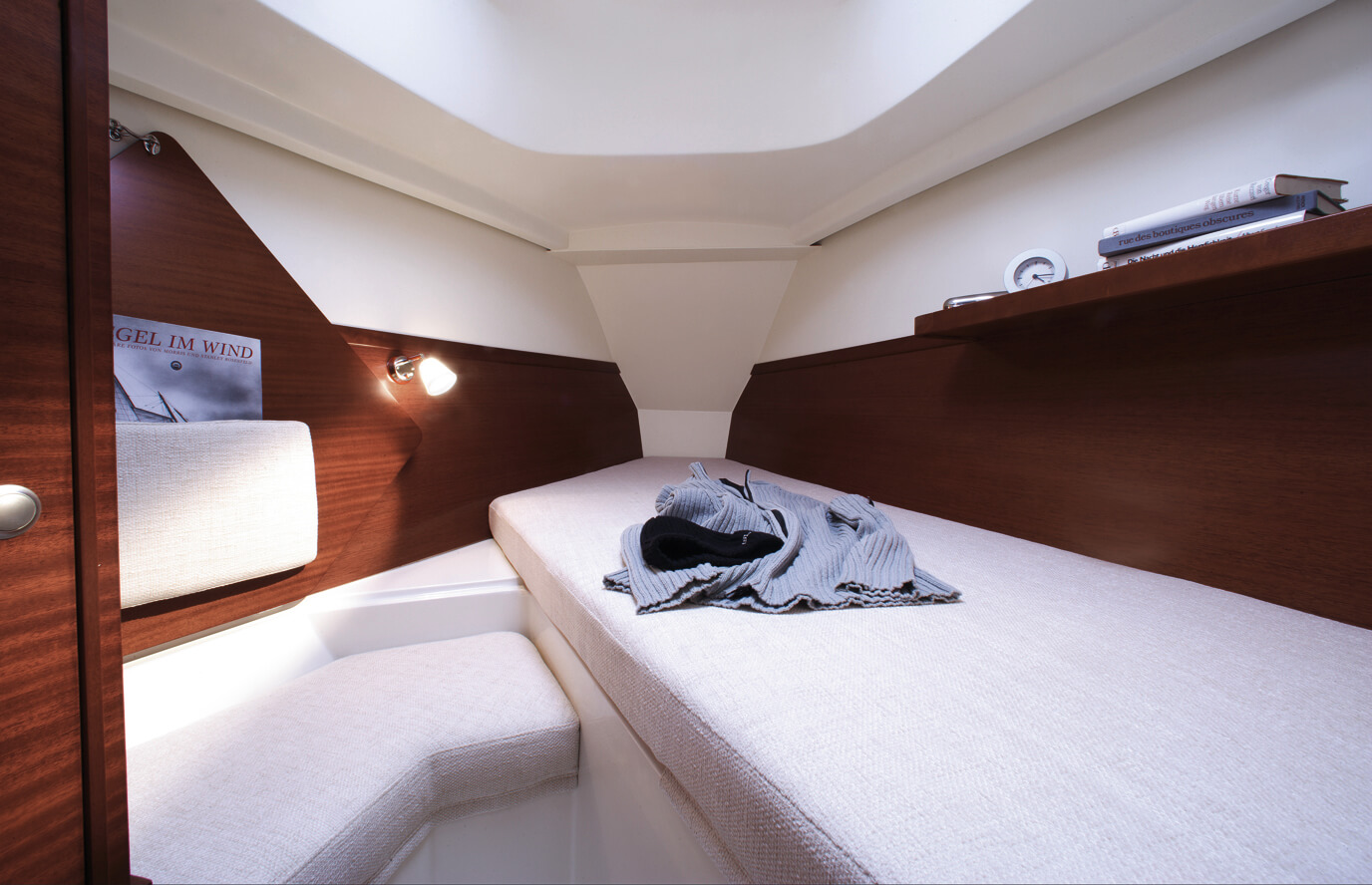 Hanse 315 Interior view owner´s cabin | Hanse