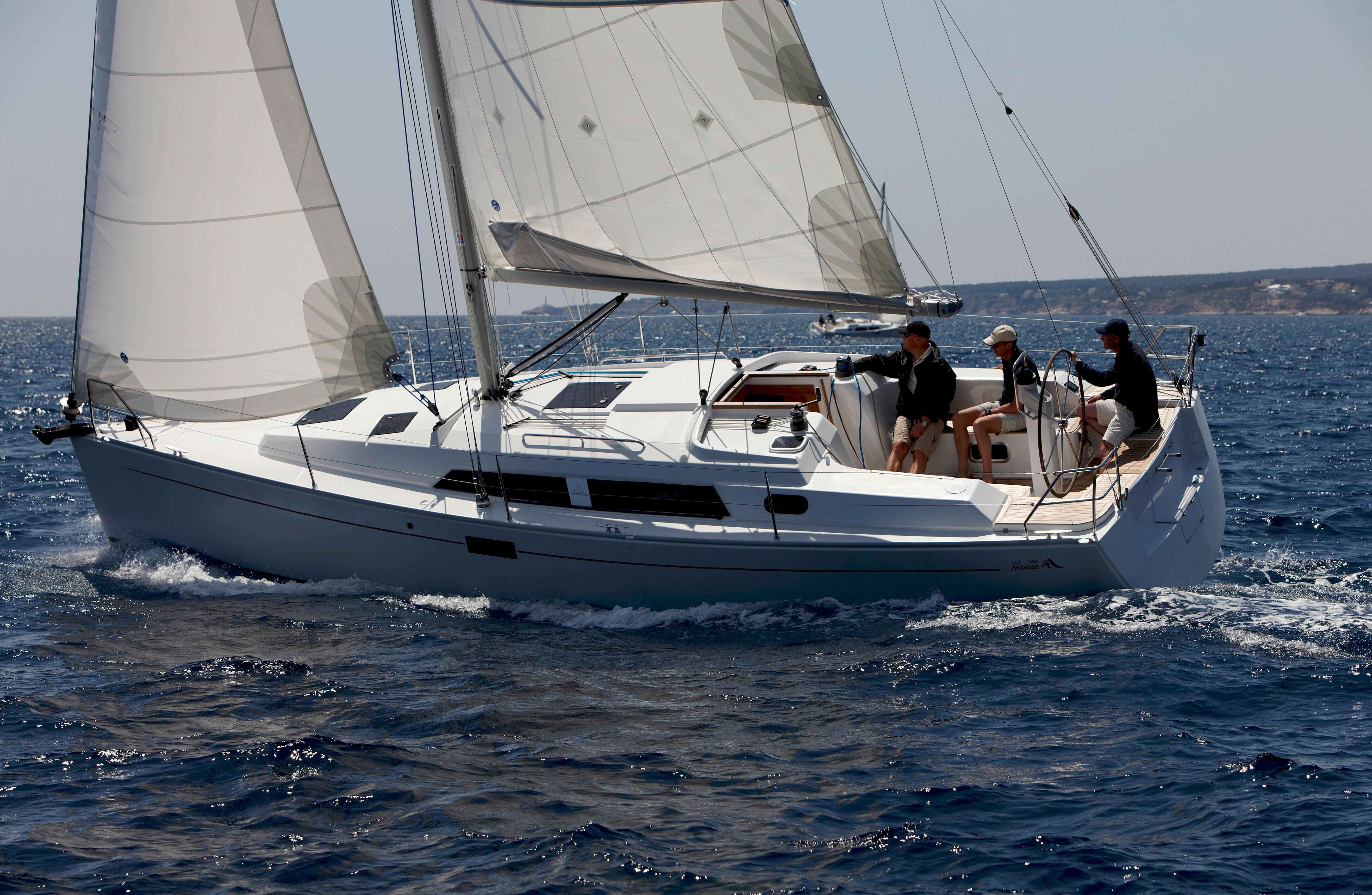 Hanse 350 Exterior Sailing | Hanse