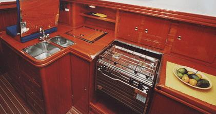 Hanse 371 DS Interior view pantry | Hanse