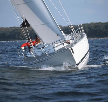 Hanse 401 Exterior Sailing   Hanse