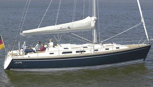 Hanse 411 Exterior at anchor | Hanse