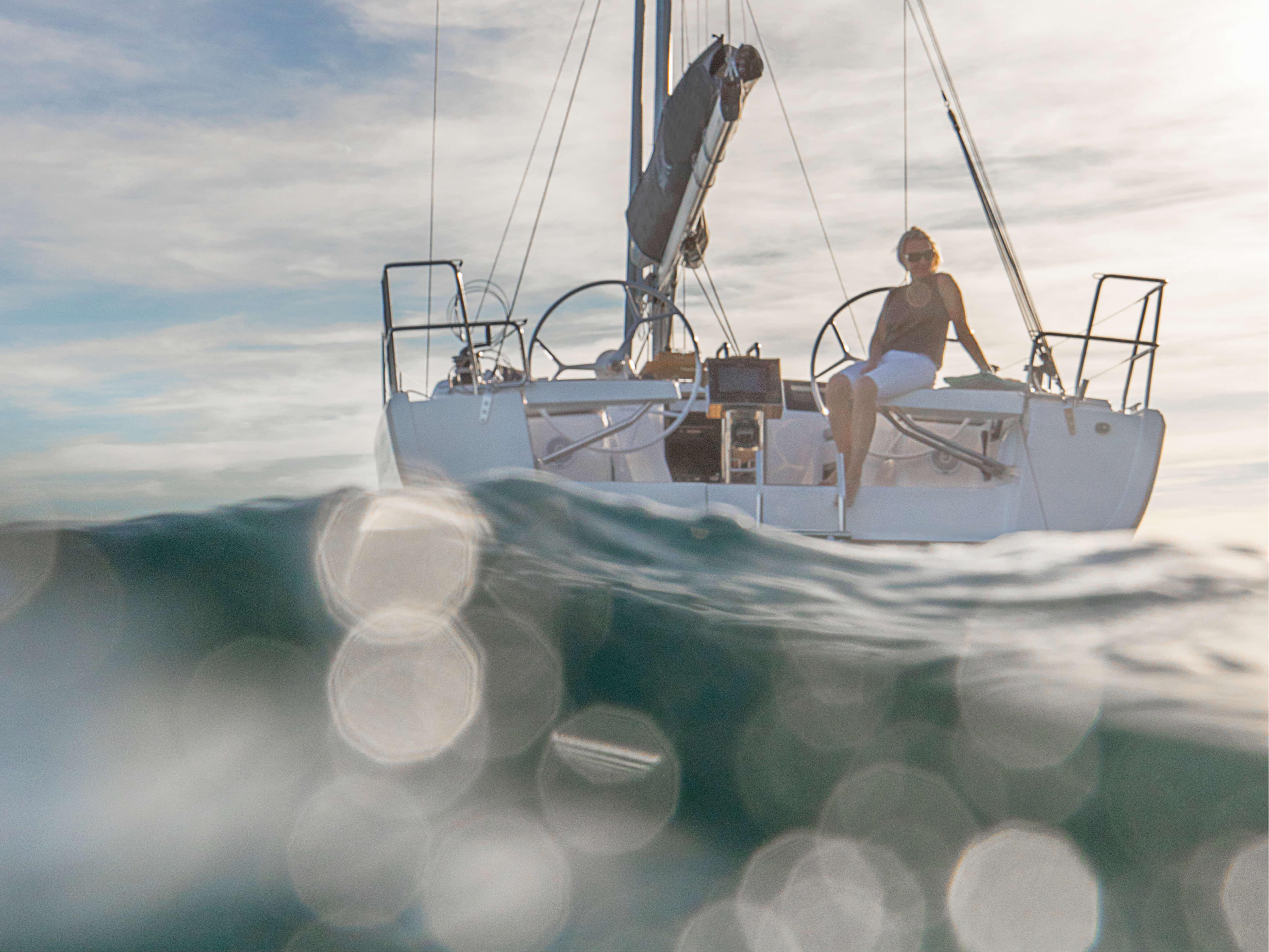 Hanse 418 | Exterior at anchor | Hanse