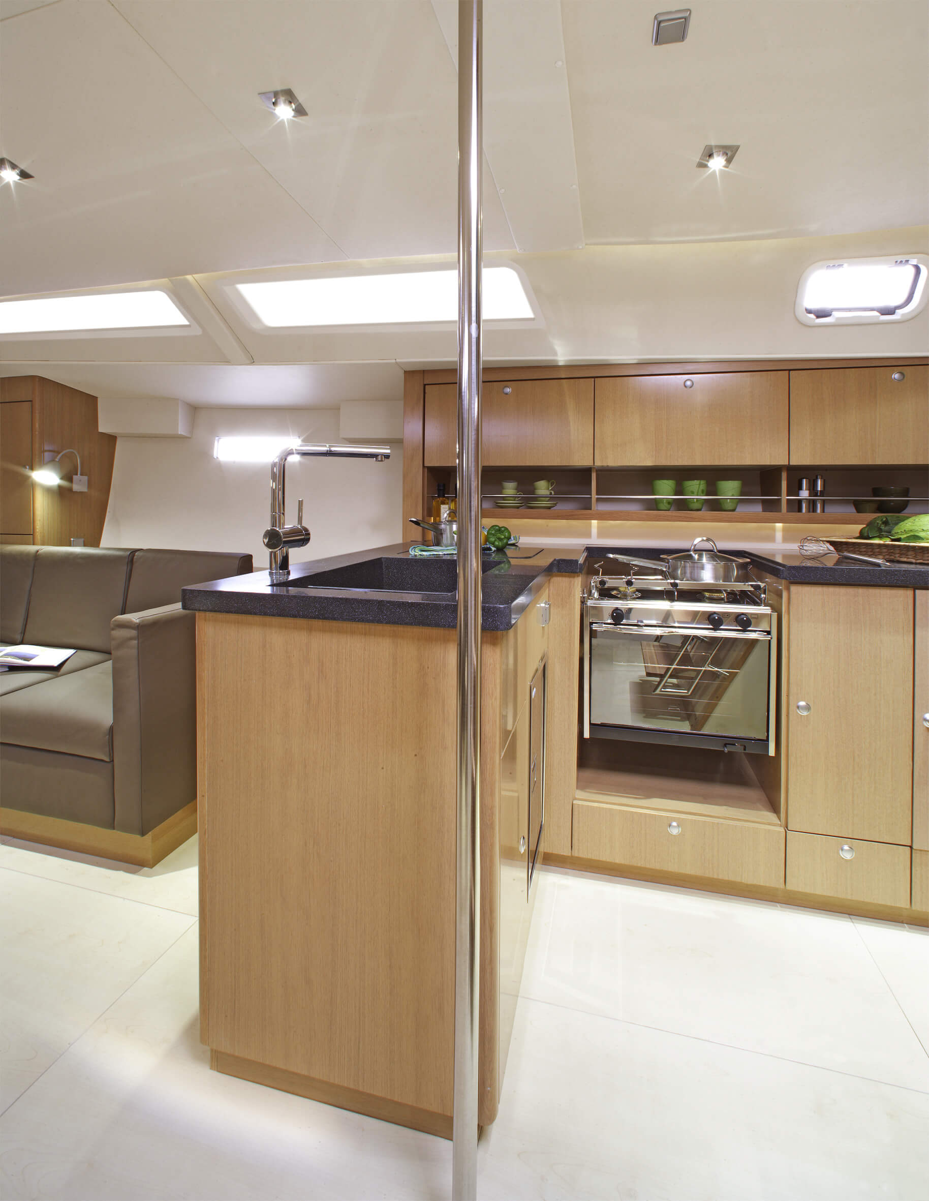 Hanse 470 Interior view pantry | Hanse