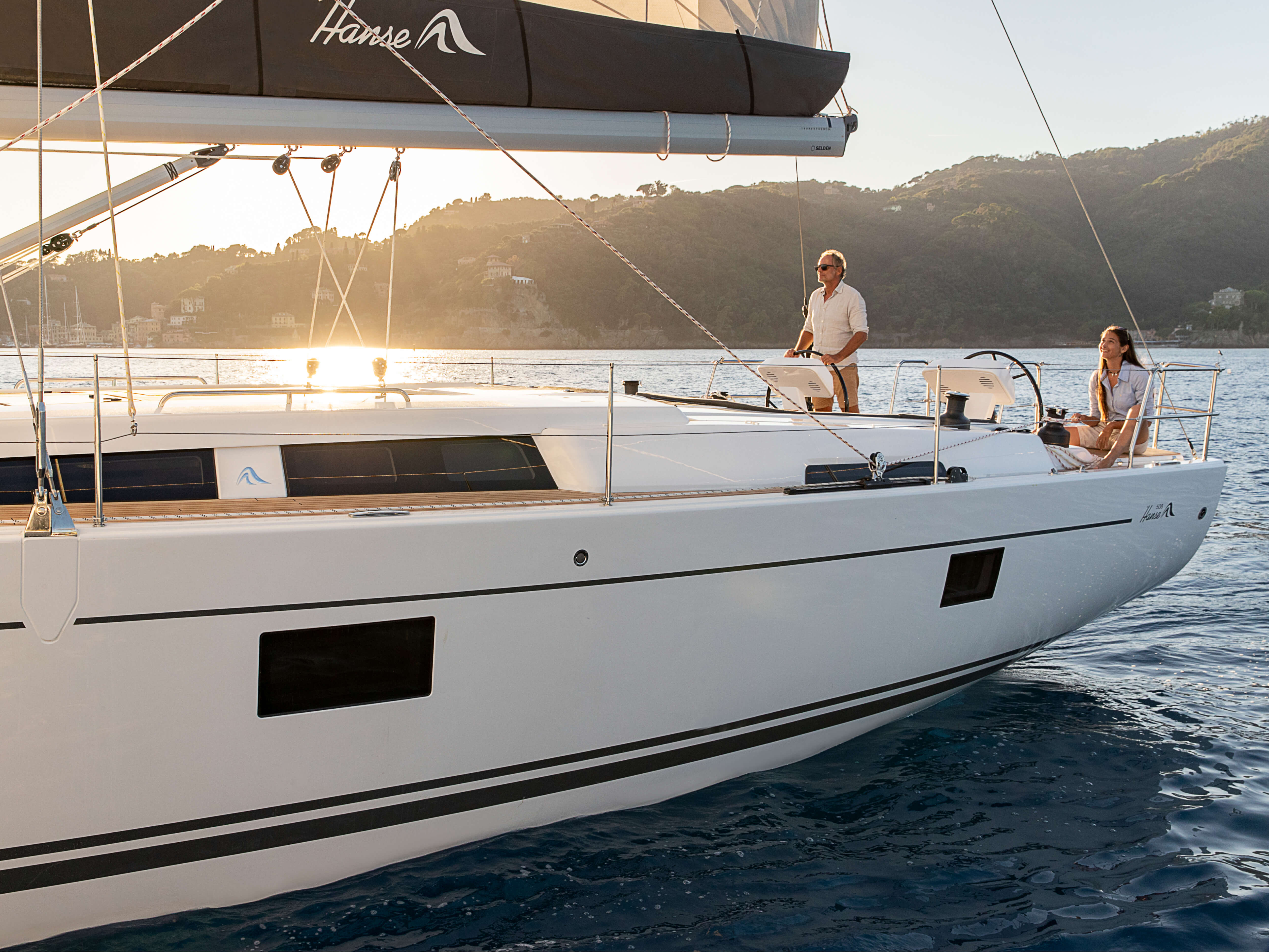 Hanse 508 | HANSE yachts amaze with their modern, functional design. Unique, puristic elegance meets exceptional performance from the pen of judel/vrolijk & co, the world's best and most experienced yacht designers. | Hanse