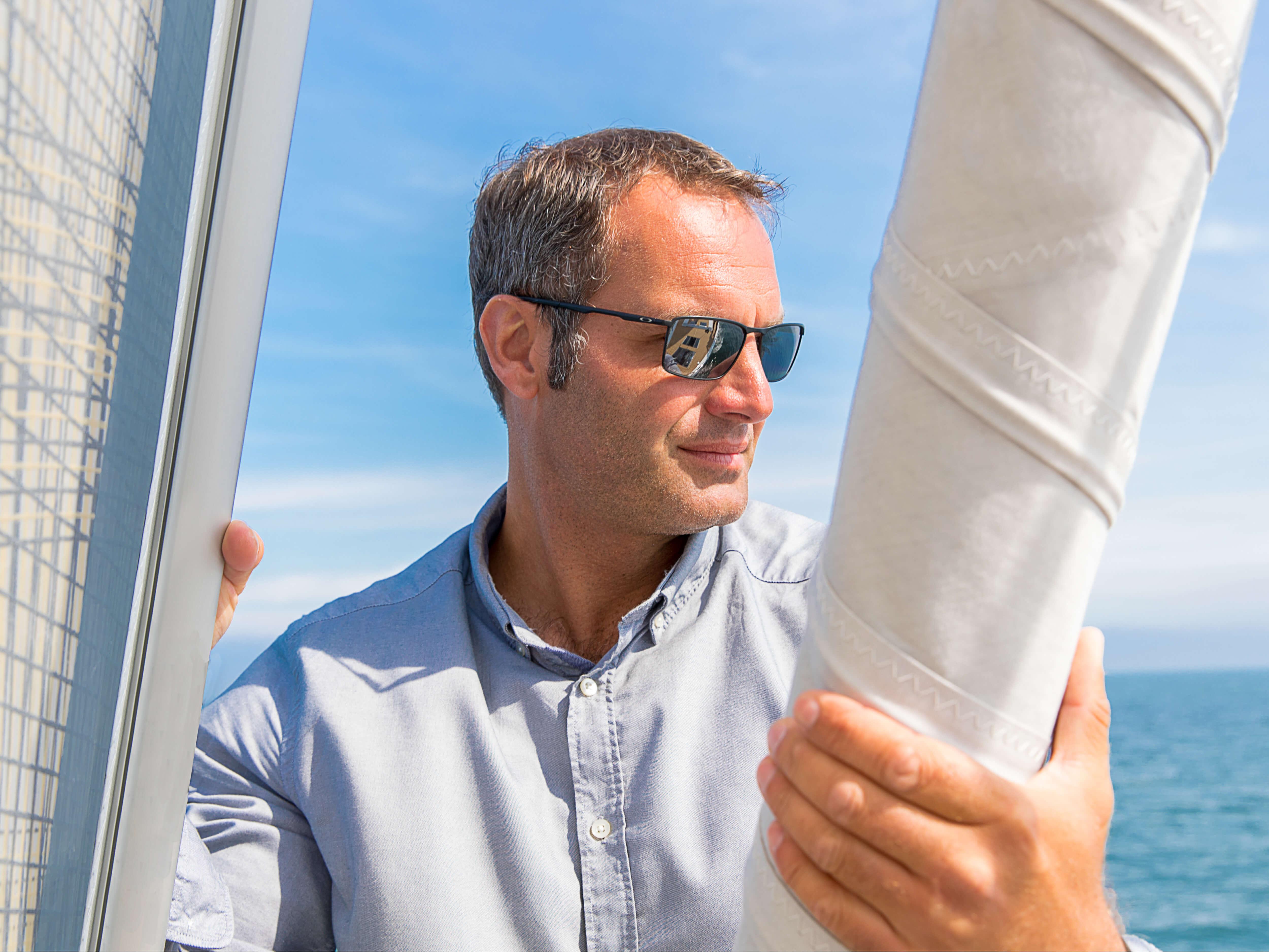 Hanse 548 | HANSE yatları modern, fonksiyonel tasarımlarıyla büyülüyor. Benzersiz, yalın zerafetleri dünyanın en iyi ve deneyimli yat tasarımcıları judel/vrolijk & co.'nin elinden çıkan performansla bir araya geliyor. | Hanse