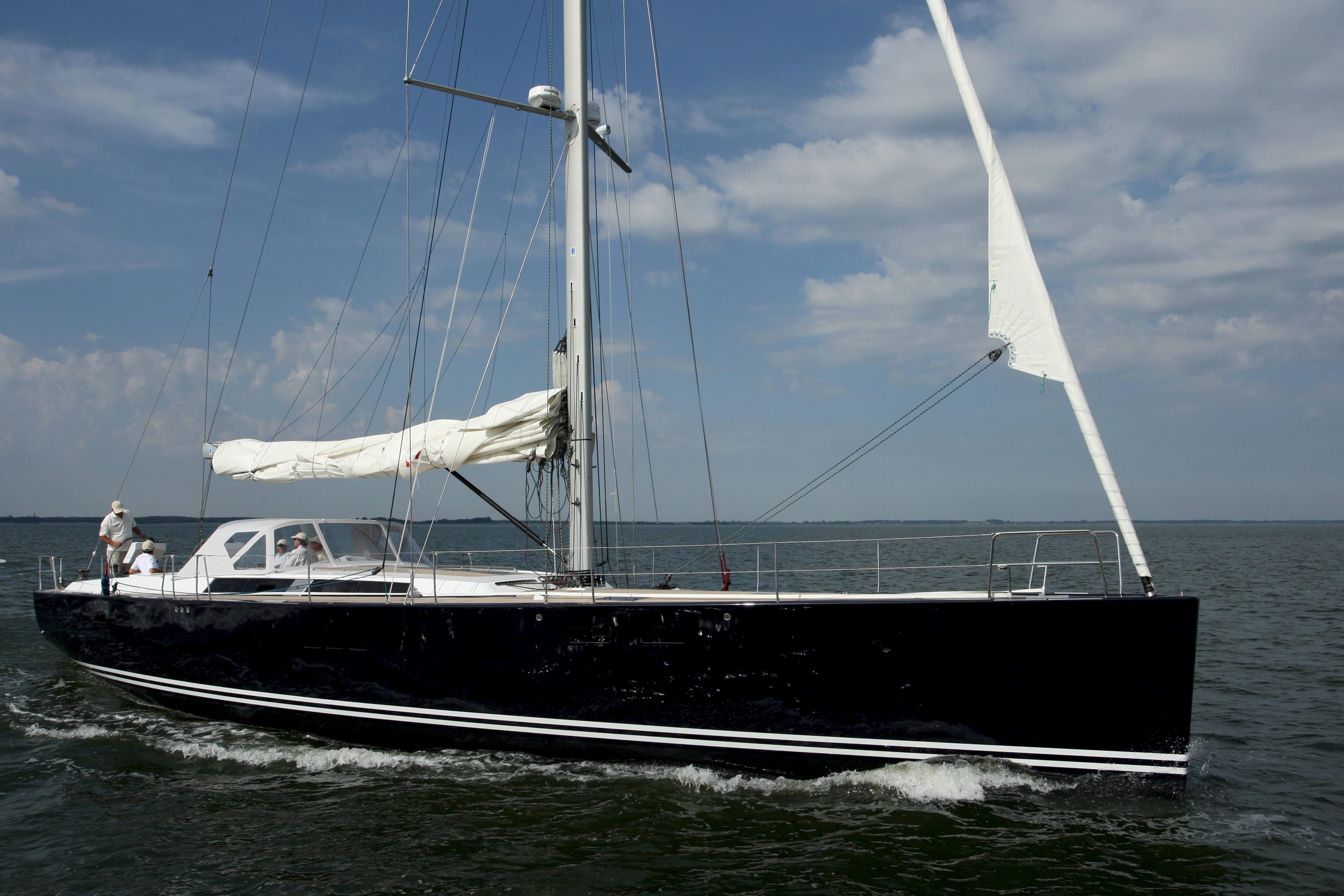 Hanse 630e Exterior Sailing | Hanse