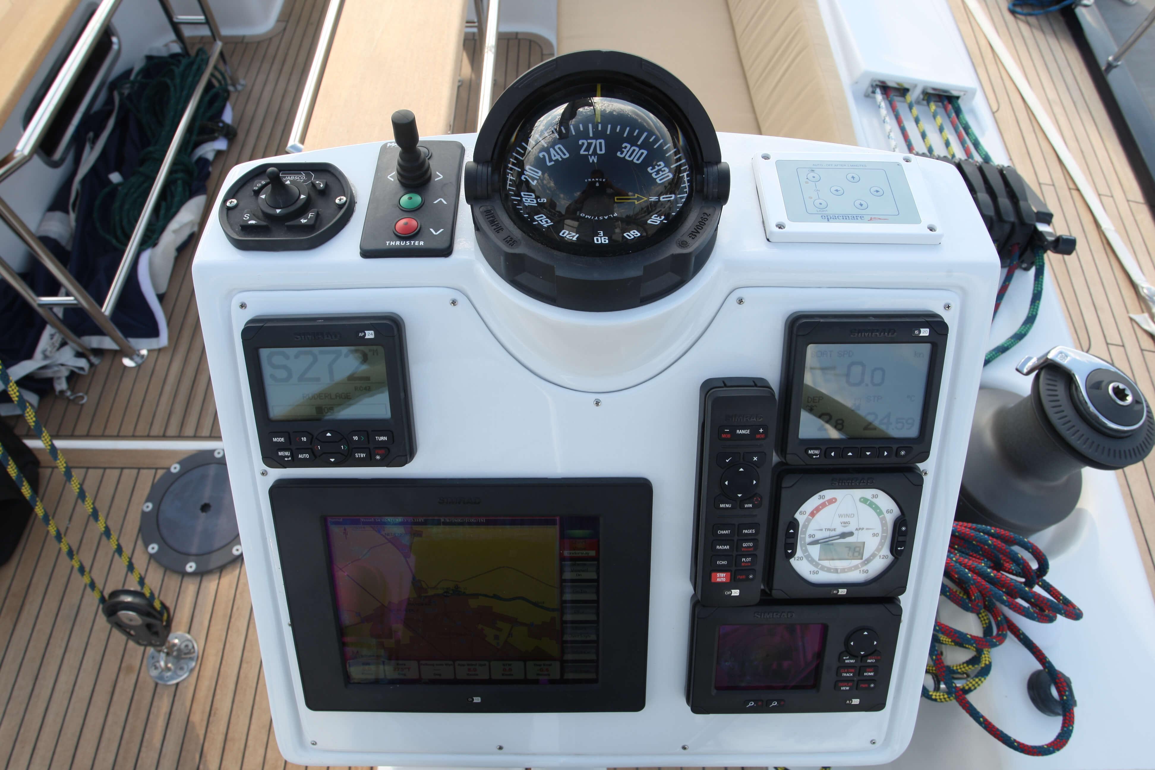 Hanse 630e Exterior Cockpit | Hanse