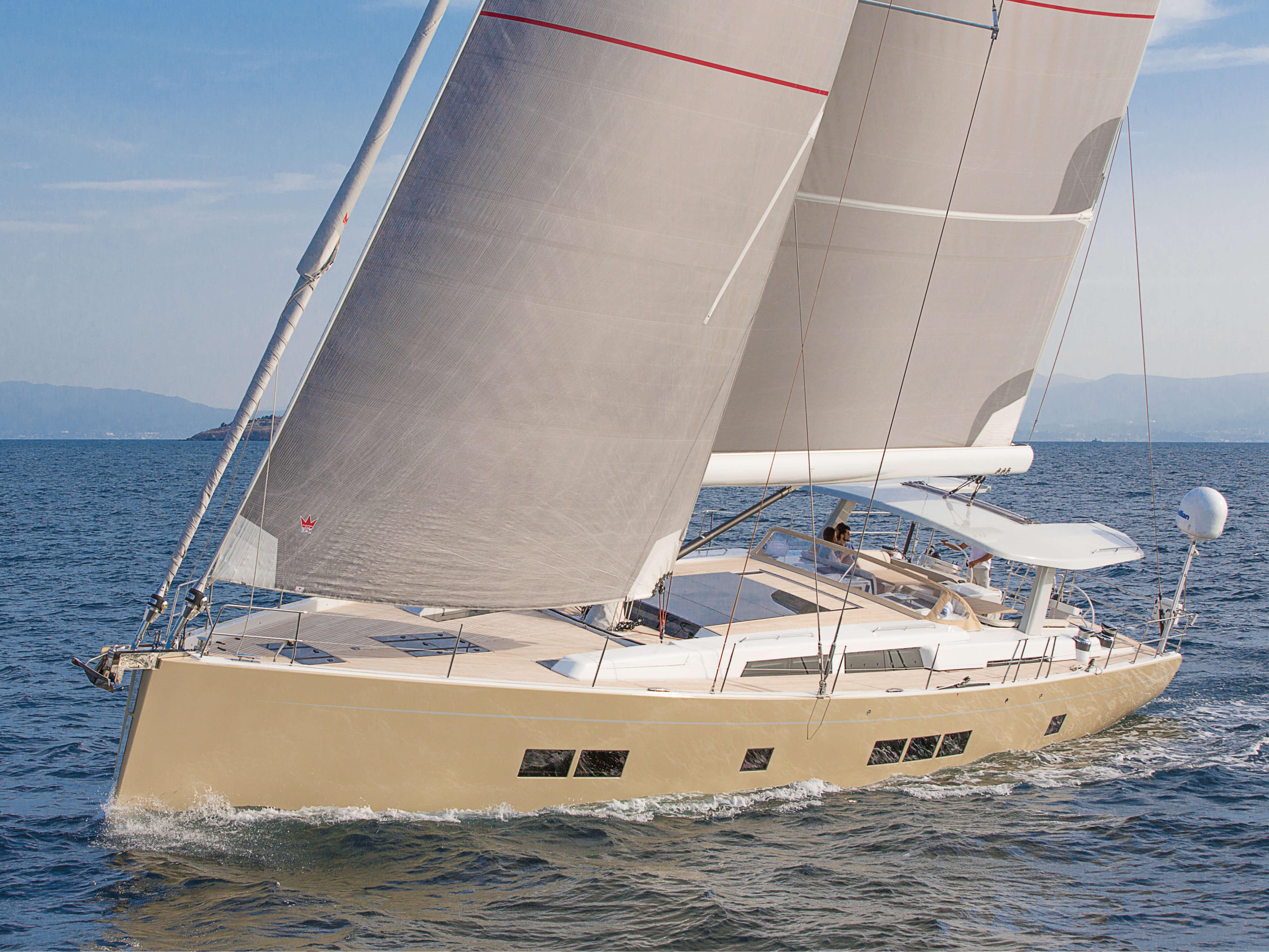 Hanse 675 | trinquete, vela mayor, barandilla, cubierta di teca | Hanse