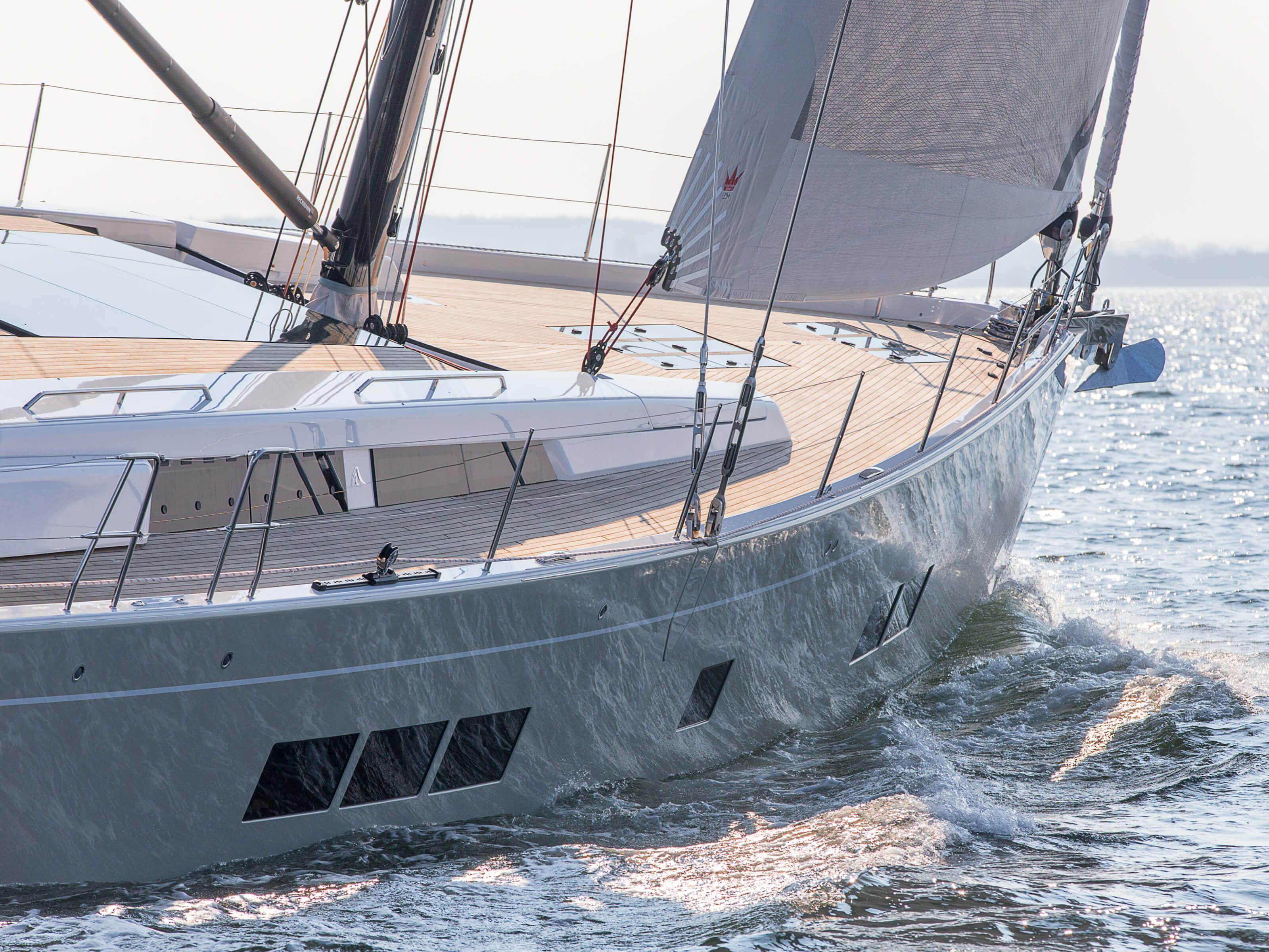 Hanse 675 | foresail, teak deck, anchor, foresail | Hanse