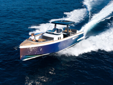 FJORD 38 xpress exterior | The powerful outboard engines make you feel like you are flying. | Fjord