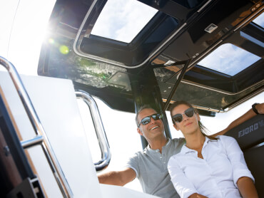 FJORD 38 xpress helm | The FJORD 38 xpress exudes a dynamism that you can feel in every fibre of your being. | Fjord