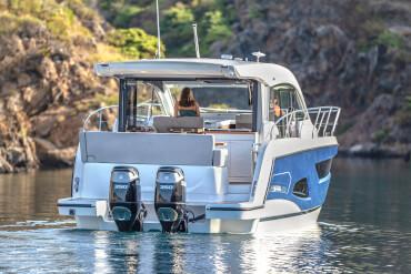 Sealine C390v extérieur | Plus de panorama, plus de soleil, plus de liberté - avec le Sealine C390v, ces aspirations prennent une forme saisissante. | Sealine