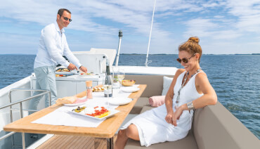 Sealine F430 flydeck | The flybridge offers plenty of space and a range of enjoyable options - from sunbathing to barbecuing under open skies. | Sealine