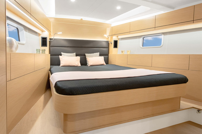 Hanse_508_Entertainment_Package_-_Master_cabin.jpg