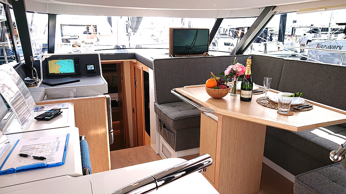 Decksaloon aboard a bluewater sailboat